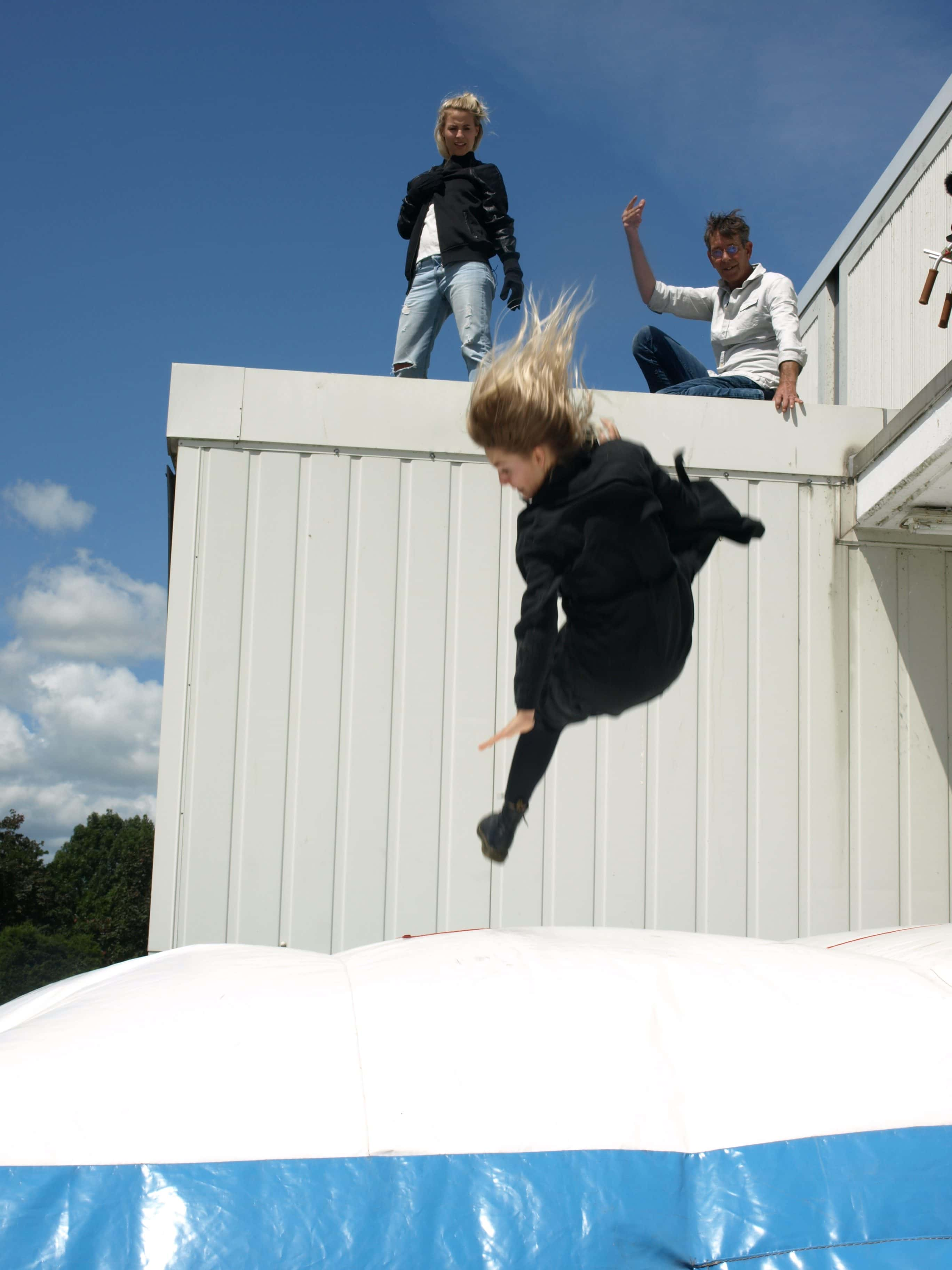 Ons stuntteam verzorgt voor jou ook de hoogteval.