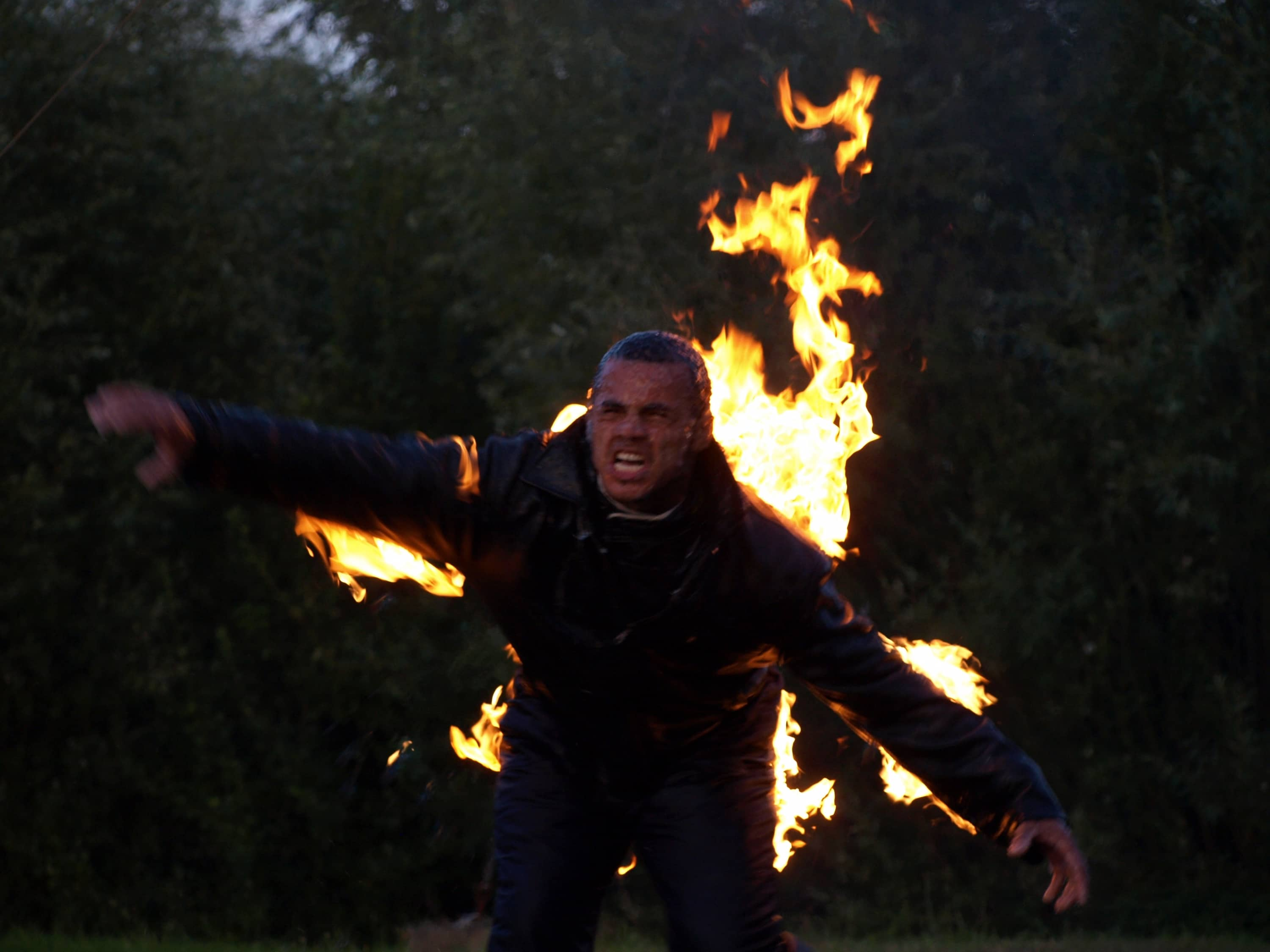 Burning Stuntman in videoclip, tv programma of film.